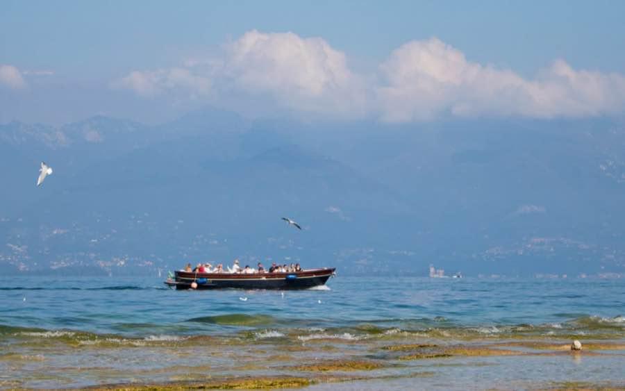 spiaggia jamaica lago di garda