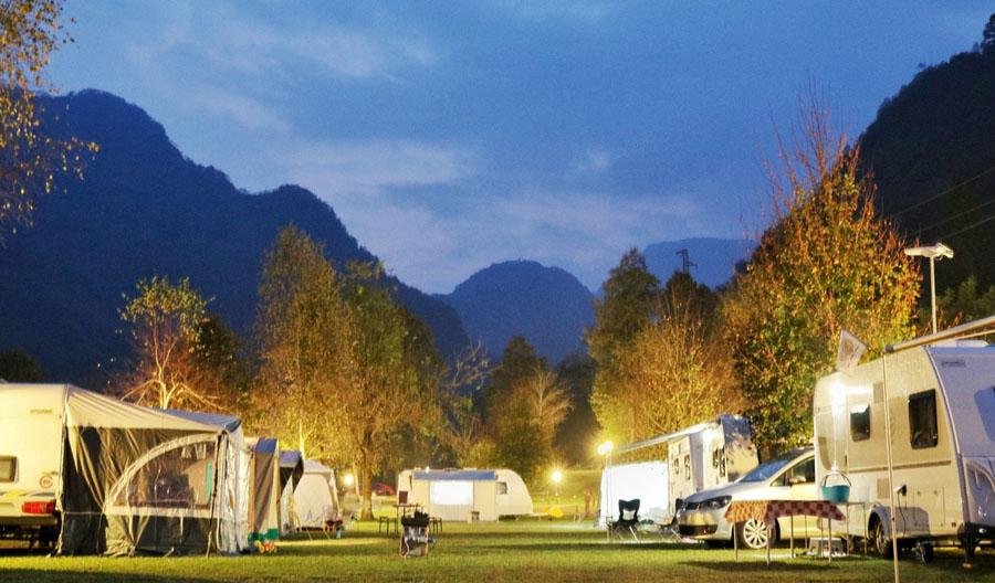 Campeggio per roulotte: qual'è il tuo preferito?