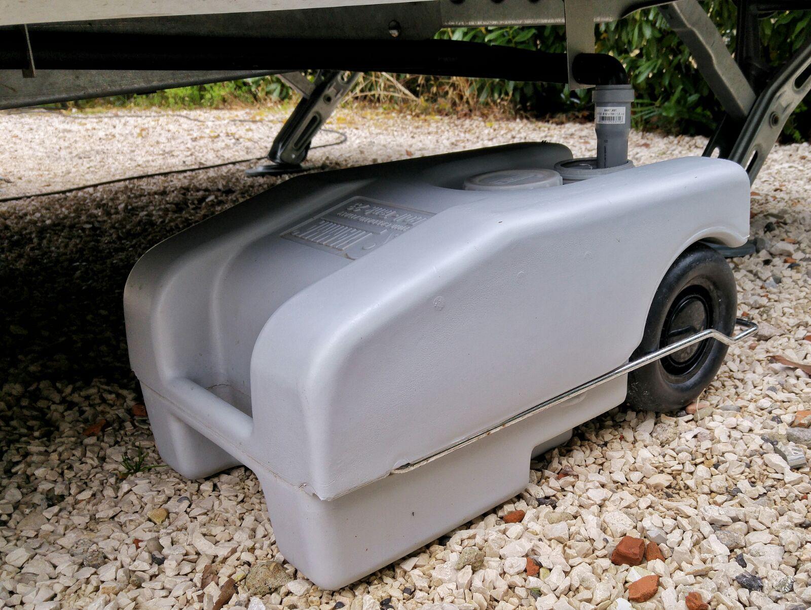 Fiamma roll tank serbatoio acque grigie