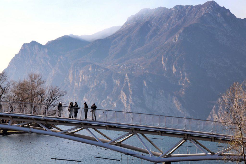 mercatini di natale arco pista ciclabile ponte