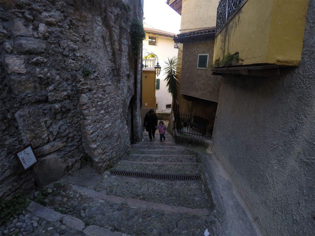 mercatini di natale arco stada per il castello