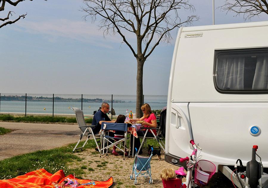 Camping Campeggio del Garda: checkout flessibile, lungolago perfetto e tanto sole