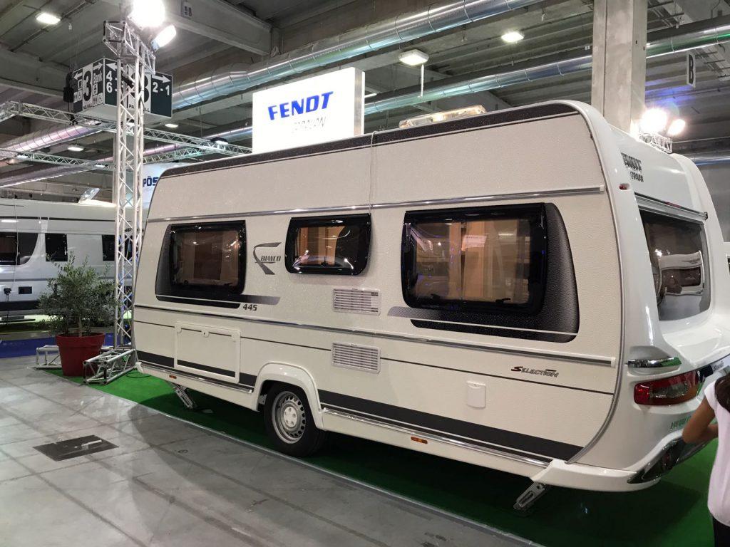 salone del camper 2017 alcune considerazioni sul mondo caravan. Black Bedroom Furniture Sets. Home Design Ideas