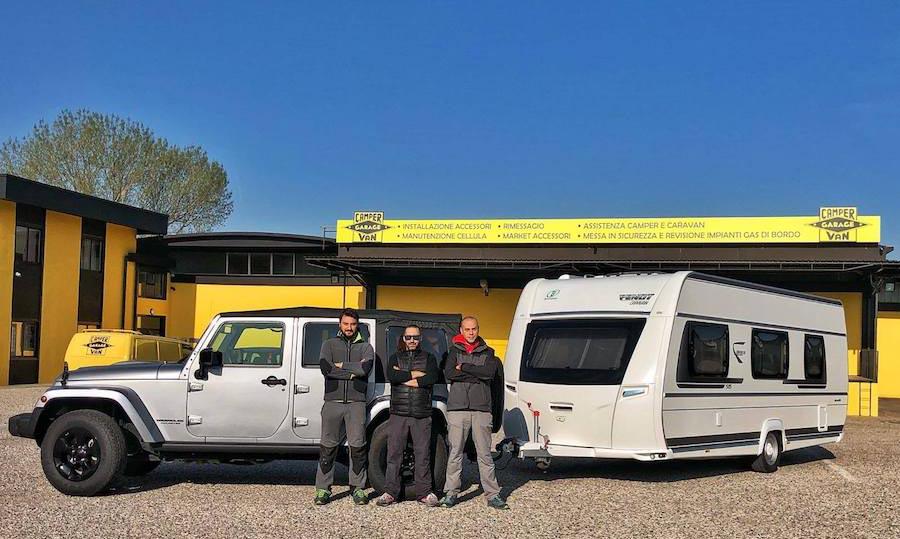 installazione parabola camper van garage
