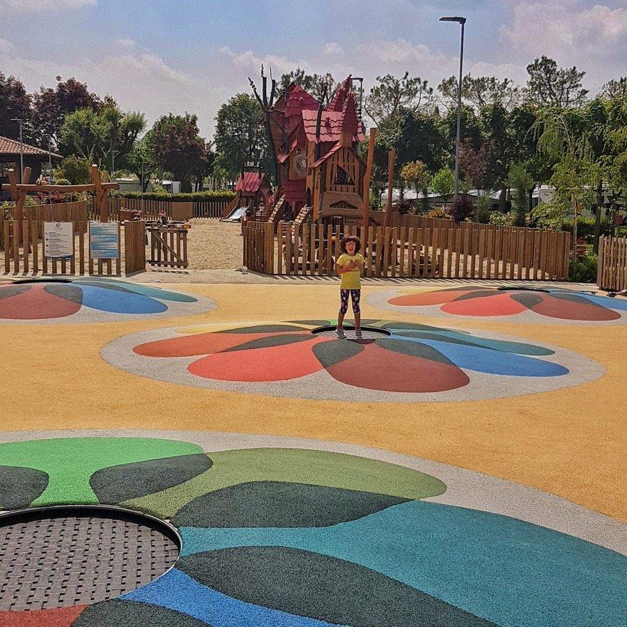 Piani di Clodia Lazise molle parco giochi