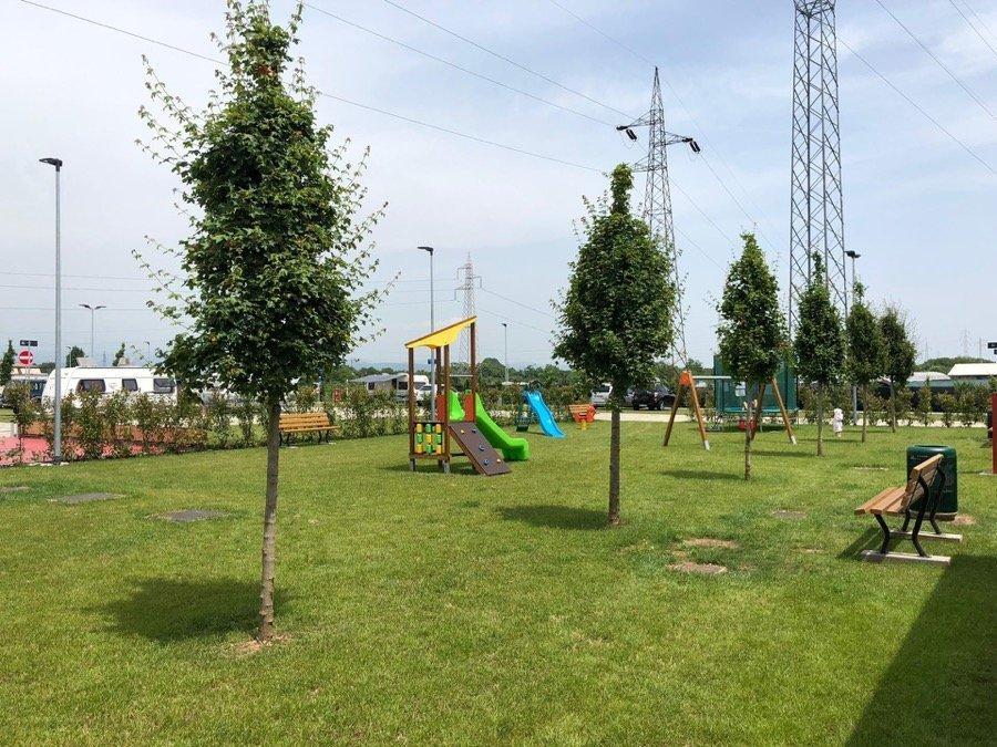 camping verona village parco giochi