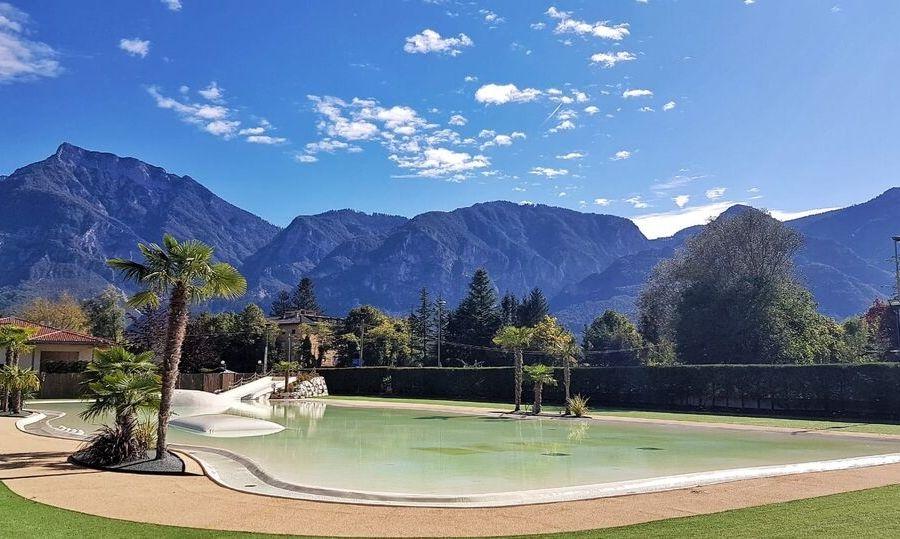 lago levico camping village piscina